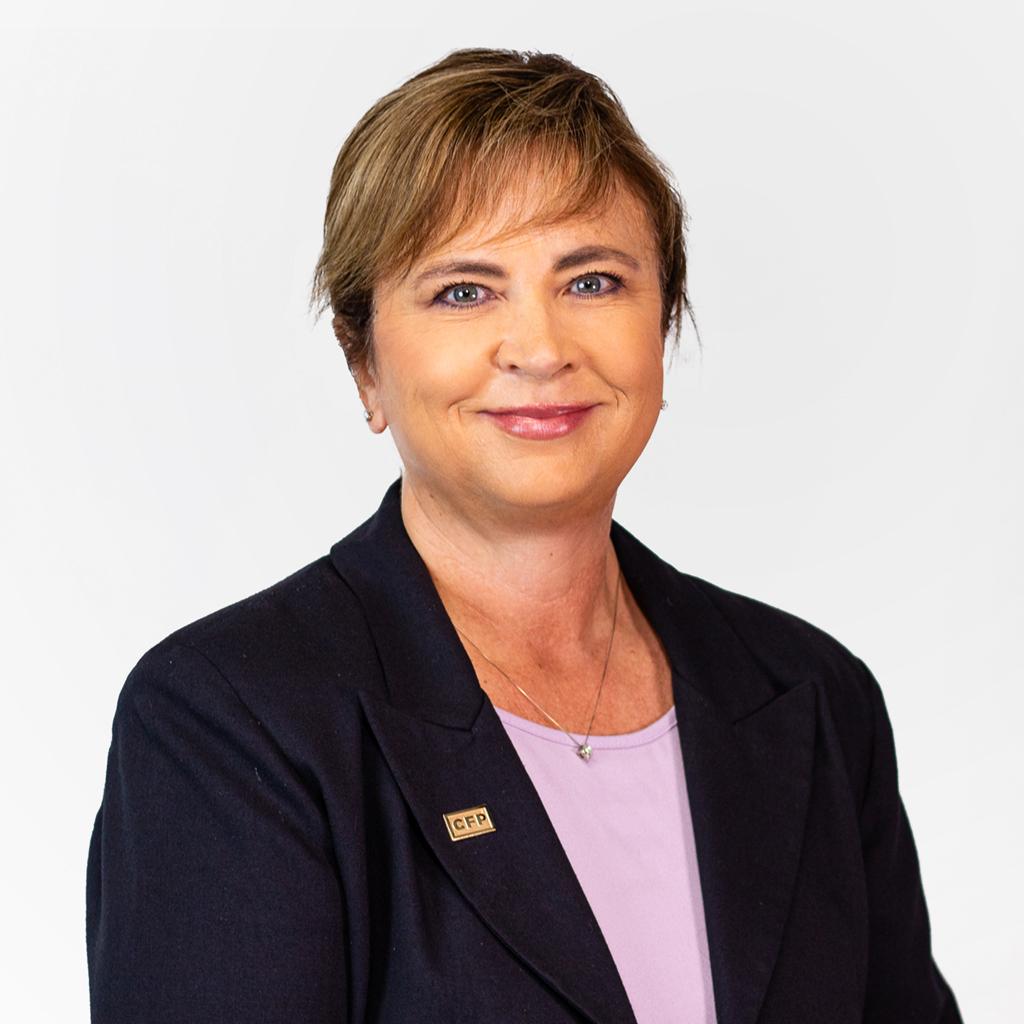 Strategic Wealth Team Member   Allison Grusbeck headshot